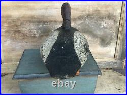 Antique vintage old wooden working Upper Bay Canvasback duck decoy