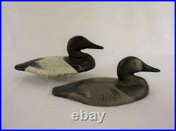 Holly Sinkbox Decoy PR in 50's Joiner Paint. Extremely Rare Duck Goose Shorebird