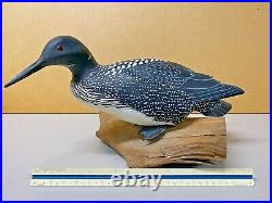 Loon Duck Decoy by Harry Ross, Detailed Carved Wing Relief, Glass Eyes, Signed